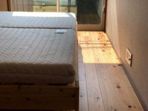 シルバーネスH140ハードと箱ベッド
