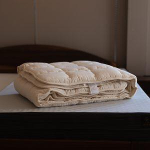 オリジナル洗えるウールベッドパッド